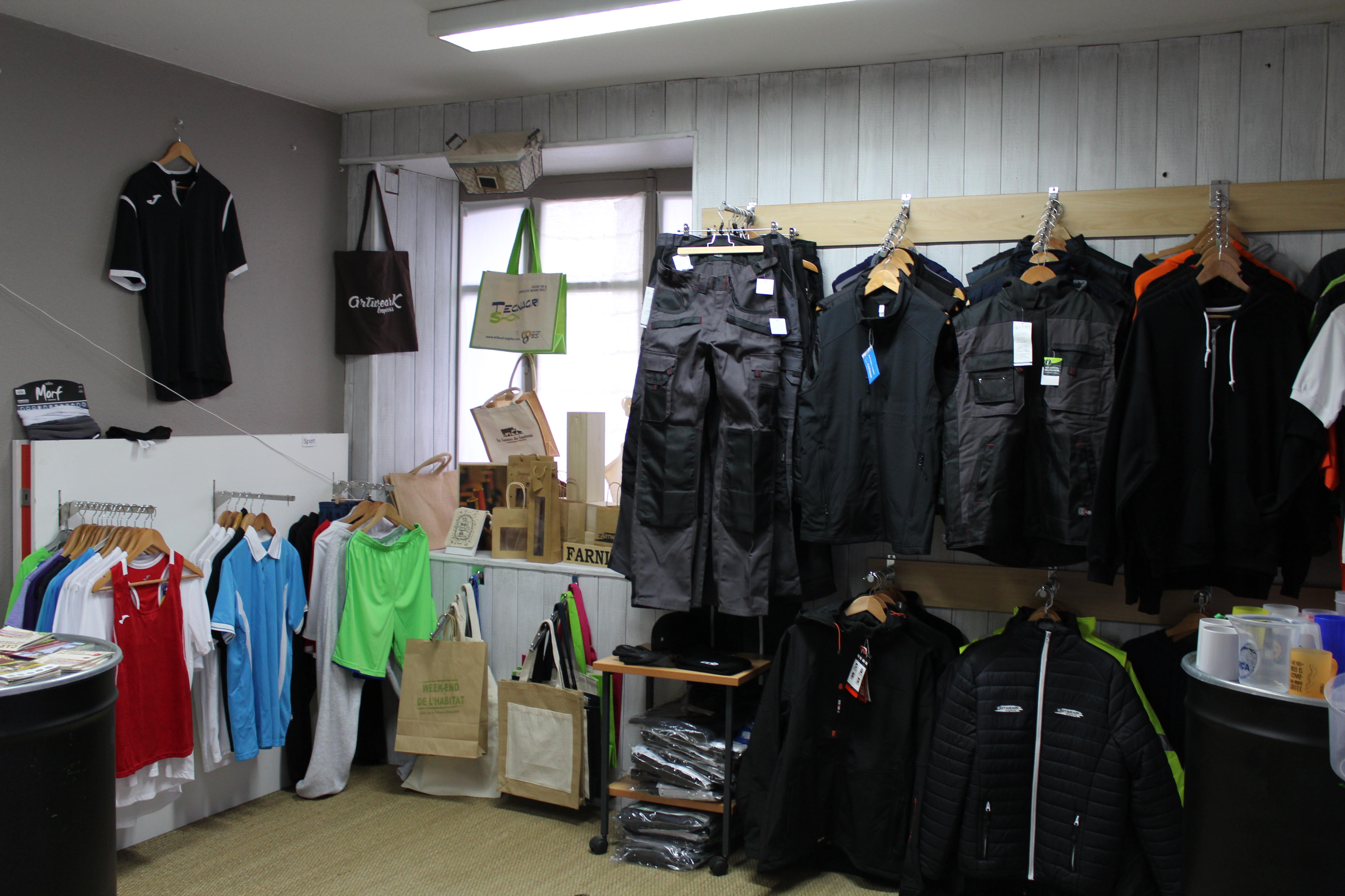showroom de vêtements et accessoires personnalisables artweark-impress